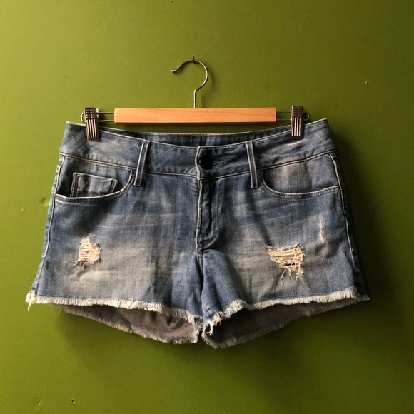 Black Orchid Pants - Black Orchid Denim Shorts w/ Frayed Hem (27)